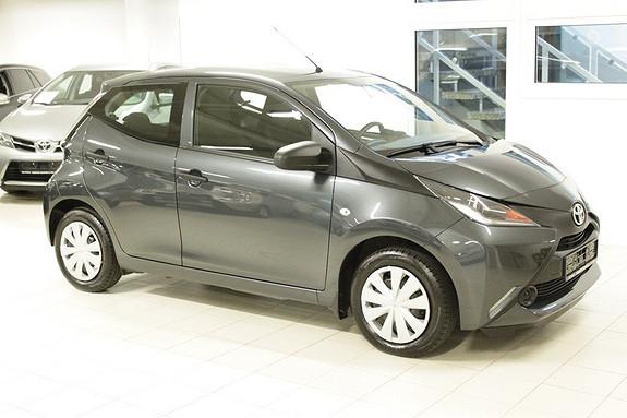 Toyota Aygo x 1,0  2015, 30000 km, kr 104000,-