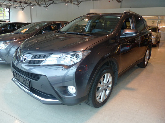 Toyota RAV4 2,2 D-CAT 4WD Exective aut m/Blindsonevarsling  2013, 82927 km, kr 369000,-