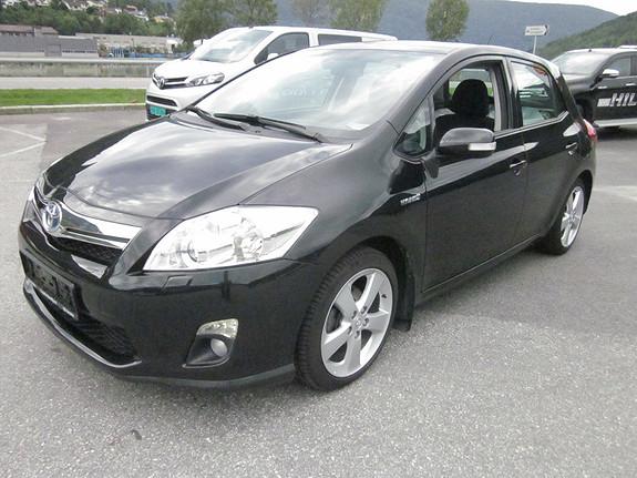 Toyota Auris 1,8 Hybrid Executive 5d.  2011, 63000 km, kr 169000,-