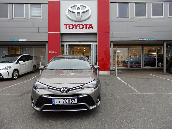 Toyota Avensis 1.6 D Touring Sports Active Style  2015, 29000 km, kr 299000,-