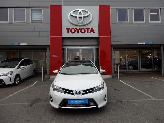 Toyota Auris 1.8 Hybrid Executive  2013, 39800 km, kr 229000,-