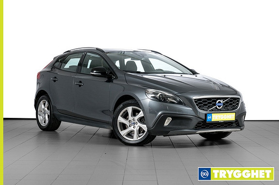 Volvo V40 Cross Country D2 Momentum aut PARKVARMER-VOLVO ON CALL-KLIMA-CRUISE-USB-BLUETOOTH