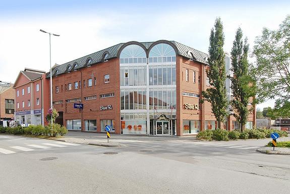 Butikklokaler sentralt i inngangsporten til Fredrikstad sentrum