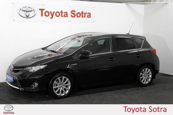 Toyota Auris 1,8 Hybrid E-CVT Executive  2014, 46422 km, kr 229000,-