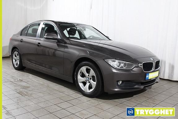 BMW 3-serie 320d EfficientDynamics aut Norsk- HeadUp-NAVI-Skiltleser-oppv.ratt-bluetooth-sportsseter