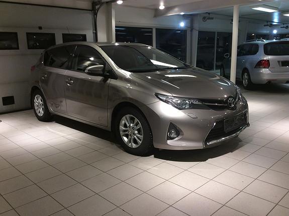 Toyota Auris 1,4 D-4D Style  2014, 90200 km, kr 189000,-