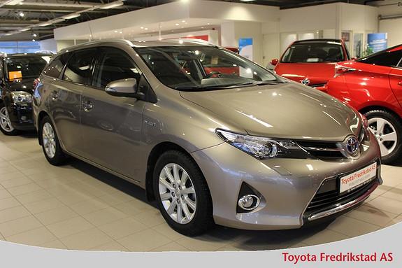 Toyota Auris Touring Sports 1,8 Hybrid Active+ ,DAB, navigasjon, mørke ruter, ryggekamera,  2015, 44900 km, kr 249000,-