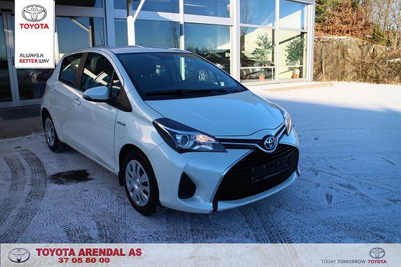 Toyota Yaris 1,5 Hybrid Active Pen Yaris Avtive med Navi, blåtann, Dab + radio  2015, 45000 km, kr 179000,-