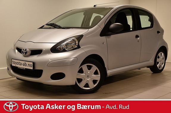 Toyota Aygo 1,0 5-d  2012, 80900 km, kr 79000,-