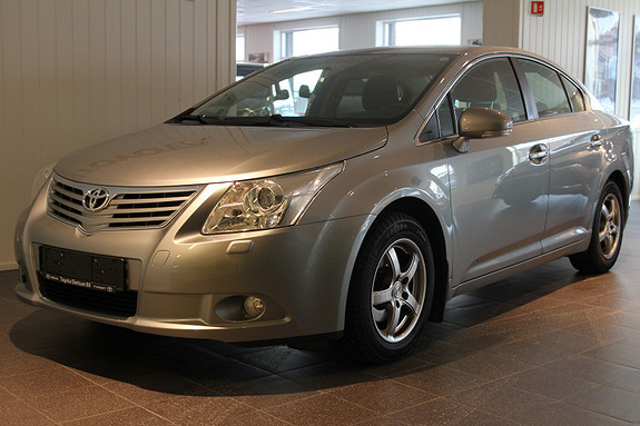 Toyota Avensis 1,8 147hk NaviTech Pluss  med DEFA motor-og kupevarmer  2011, 63500 km, kr 179000,-