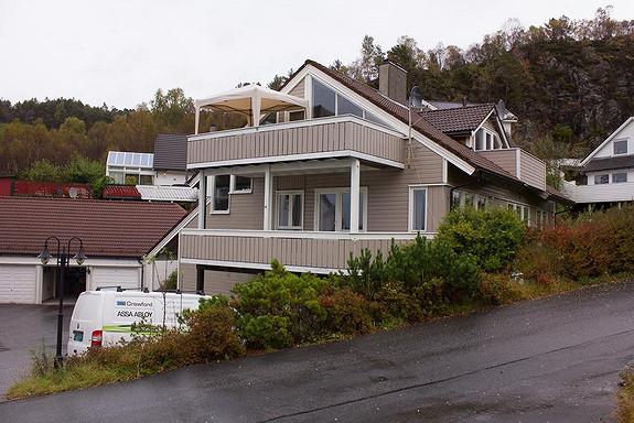 Kleppegrend / Juvik - Stor 4-roms leilighet med sentral beliggenhet