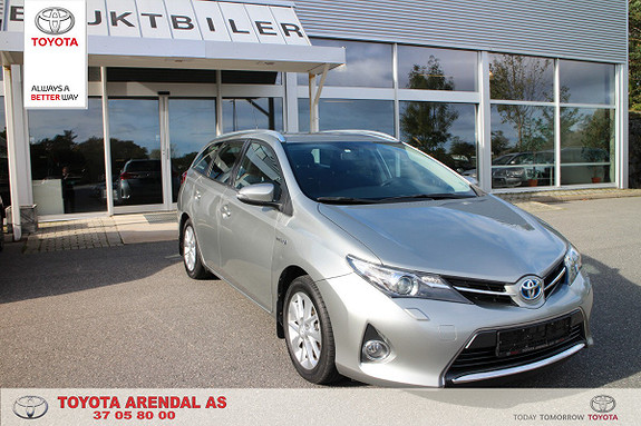 Toyota Auris Touring Sports 1,8 Hybrid Active  2014, 85 800 km, kr 199 000,-