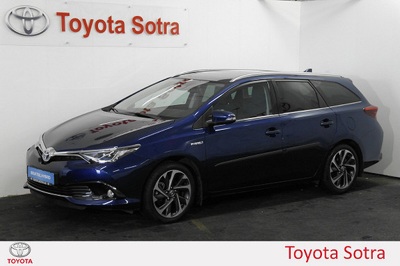 Toyota Auris Touring Sports 1,8 Hybrid Style Blue DAB+ PANORAMATAK  2015, 32000 km, kr 255000,-