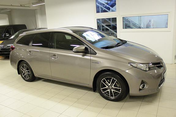 Toyota Auris Touring Sports 1,8 Hybrid Executive  2014, 48000 km, kr 219000,-