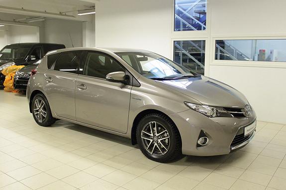 Toyota Auris 1,8 Hybrid E-CVT Active+  2014, 11000 km, kr 219000,-