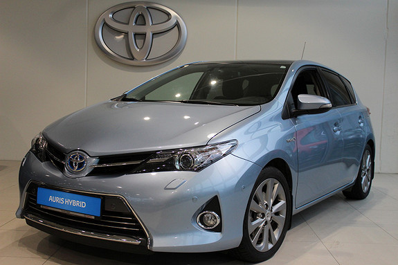 Toyota Auris 1.8 Hybrid Executive m/Panoramaglasstak  2013, 110949 km, kr 174000,-