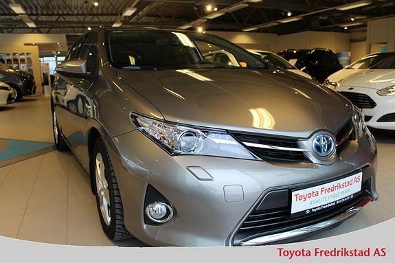 Toyota Auris 1,8 Hybrid E-CVT Active+ Naivgasjon, ryggekamera, autol  2015, 28800 km, kr 249000,-