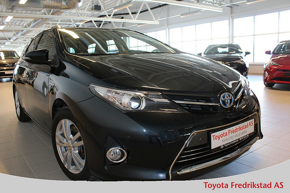 Toyota Auris 1,8 Hybrid E-CVT Executive , ryggekamera, Bluetooth, he  2014, 36500 km, kr 229000,-