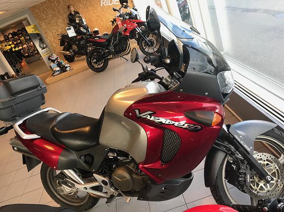 Honda Varadero 1000 2000, 23700 km, kr 56900,-