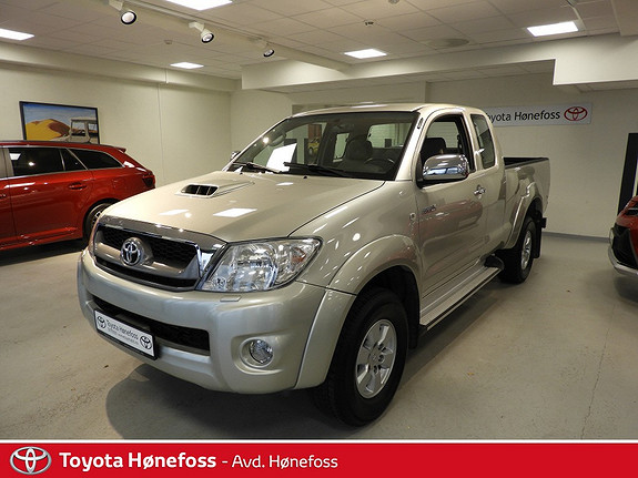 Toyota HiLux D-4D 144hk Extra Cab 4WD SR  2011, 94300 km, kr 220000,-