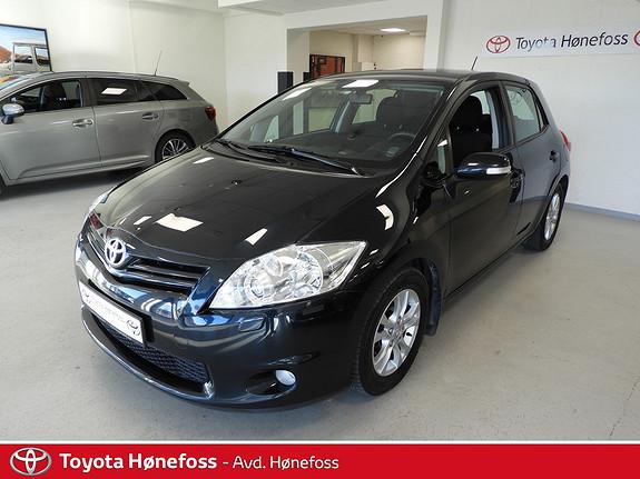 Toyota Auris 1,4 D-4D Silver-Edition  2011, 120800 km, kr 109000,-