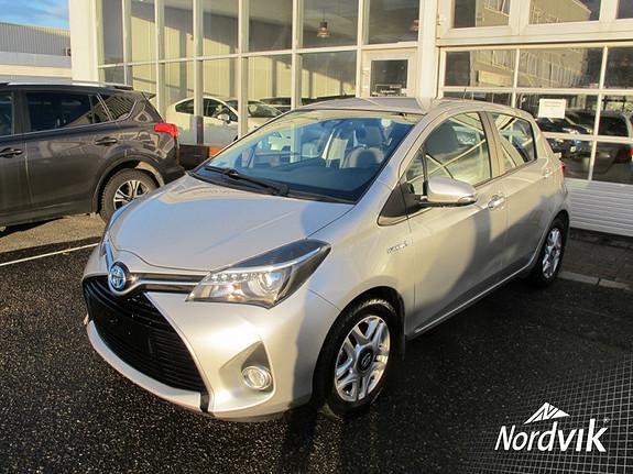 Toyota Yaris 1,5 Hybrid Active e-CVT  2016, 20968 km, kr 199000,-