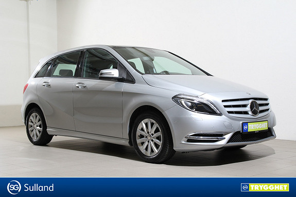 Mercedes-Benz B-Klasse B 180 aut. DAB/Soltak/Ryggekamera/Parkeringsvarmer/Krok