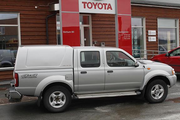 Nissan Double Cab 4wd Navara  2005, 174400 km, kr 99000,-