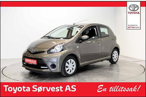 Toyota Aygo 1,0 + 5-d Strøken  småbil selges  2014, 25428 km, kr 99000,-