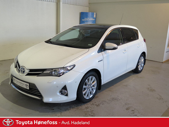 Toyota Auris 1,8 Hybrid E-CVT Executive DAB+ HENGERFESTE NAVI  2014, 60000 km, kr 214000,-