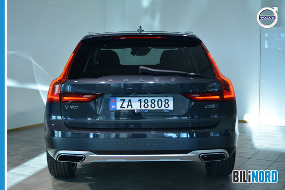 Bilbilde: Volvo V90 Cross Country