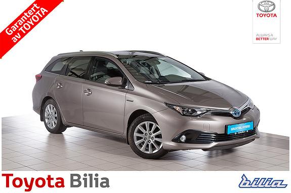 Toyota Auris Touring Sports 1,8 Hybrid Style  2015, 17500 km, kr 244900,-