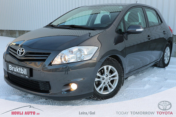 Toyota Auris 1,4 D-4D Silver-Edition // Lav km // 1 års garanti //  2012, 36500 km, kr 149900,-