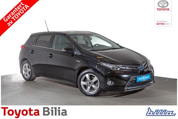 Toyota Auris 1,8 Hybrid E-CVT Executive  2014, 42784 km, kr 219900,-