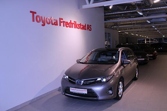 Toyota Auris Touring Sports 1,8 Hybrid Executive  2013, 63738 km, kr 219000,-