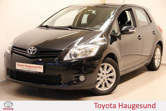 Toyota Auris 1,6 VVT-i Silver Ed. Autoklima, cruise, hengerf., Tectyl  2012, 111128 km, kr 129000,-