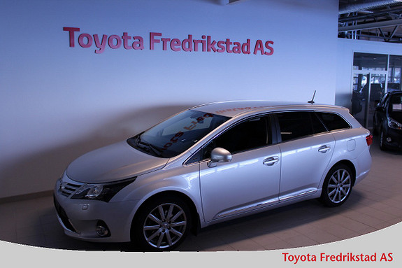Toyota Avensis 1,8 147hk Exec. InBusiness 3.0 M-drive S - Godt utstyrt  2013, 55000 km, kr 239000,-