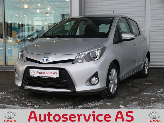 Toyota Yaris 1,5 Hybrid Active e-CVT  2012, 48000 km, kr 139000,-