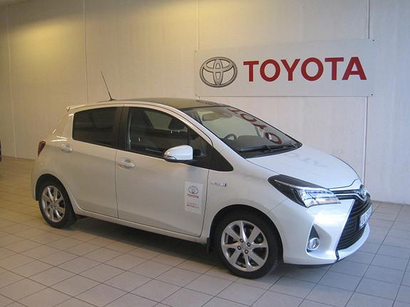 Toyota Yaris 1,5 Hybrid Style e-CVT  2016, 12403 km, kr 214000,-