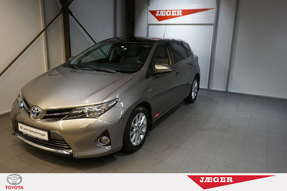 Toyota Auris 1,8 Hybrid E-CVT Executive  2014, 47500 km, kr 219000,-