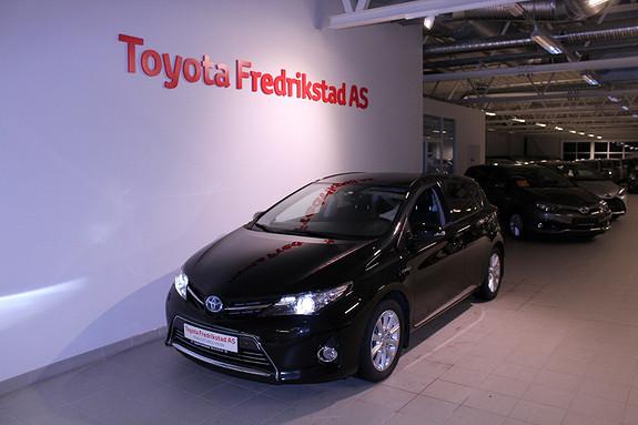Toyota Auris 1,8 Hybrid E-CVT Executive  2014, 36500 km, kr 209000,-