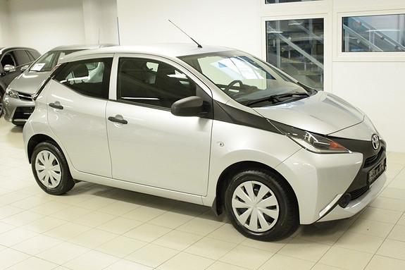 Toyota Aygo x 1,0  2015, 31000 km, kr 104000,-