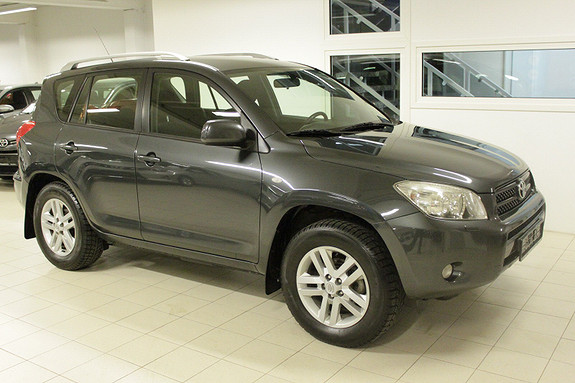 Toyota RAV4 2,0 VVT-i Sport aut  2006, 221000 km, kr 94000,-