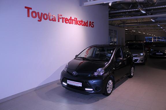 Toyota Aygo 1,0 5-d  2012, 69673 km, kr 79000,-