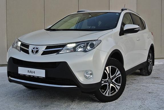 Toyota RAV4 2,2 D-4D 4WD Exective Park.varmer - H.feste  - Pen bil!  2013, 67729 km, kr 349900,-