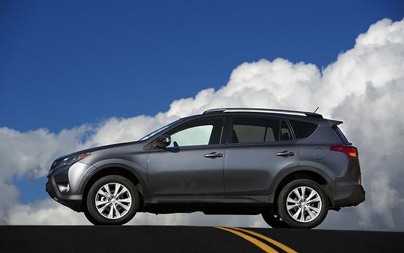 Toyota RAV4 Executive  2013, 35900 km, kr 373660,-