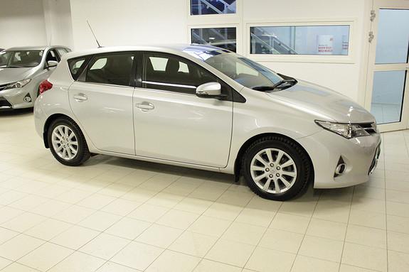 Toyota Auris 1,33 Dual VVT-i  Active Go navi  2013, 37391 km, kr 169000,-