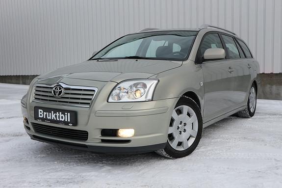 Toyota Avensis 1,8 Sol Business Manuell, Understellbehandlet, pen bil.  2004, 203500 km, kr 69900,-