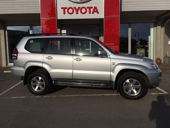 Toyota Land Cruiser 3,0 D-4D GX Aut BRUKTBILKAMPANJE  2006, 106671 km, kr 379000,-