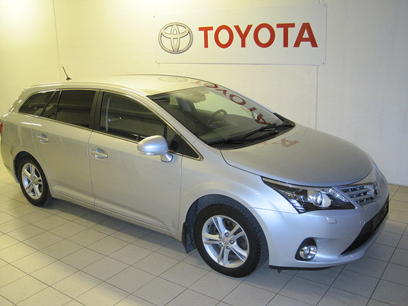 Toyota Avensis 2.0 D-4D Advance In Business  2012, 120585 km, kr 198000,-